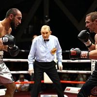 Павел Маликов победил Гайбатуллу Гаджиалиева